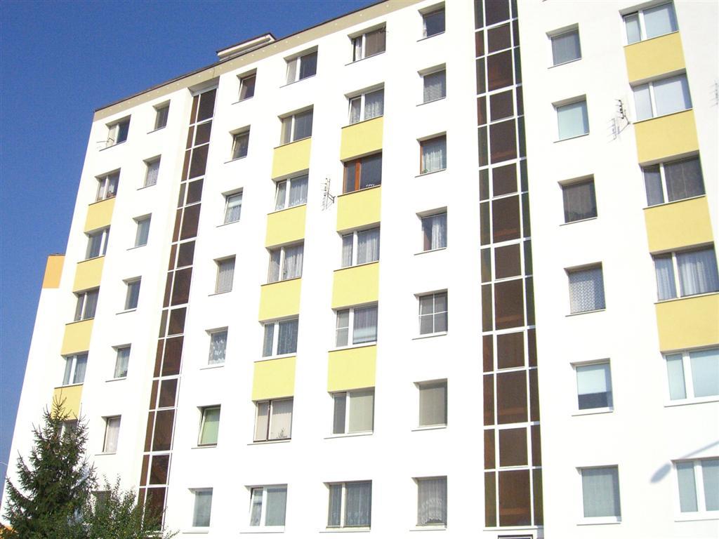 kralovoholska 7-9_04